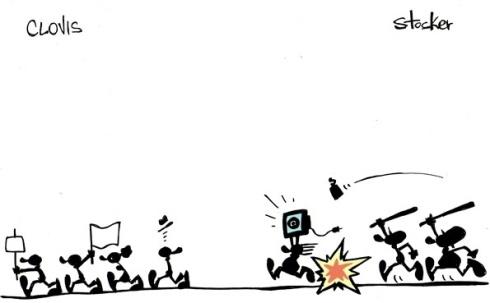 19jun2013---os-cartunistas-clovis-e-stocker-representam-uma-divisao-na-manifestacao-de-um-lado-protesto-pacifico-do-outro-saques-e-cassetetes